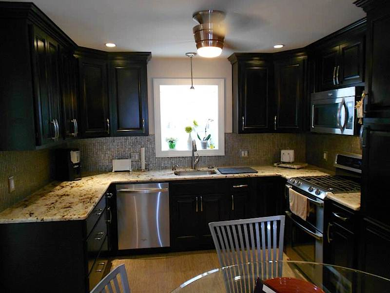 Kitchen remodeling by JR Carpentry & Tile.